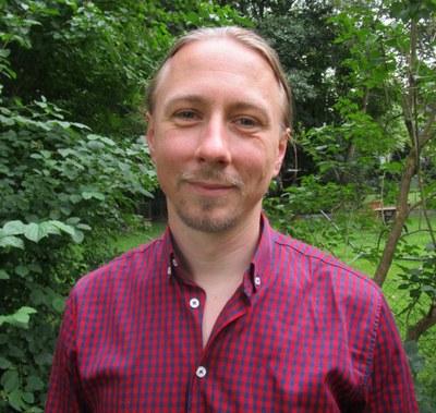 Dr. Frank Henschel